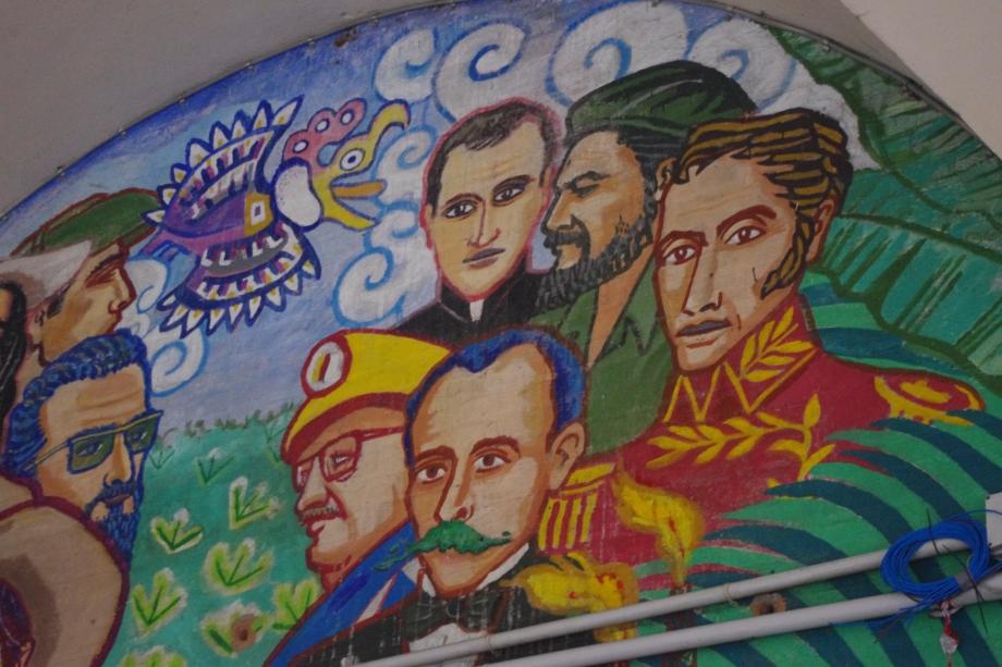 bologna-italy-street-wall-art